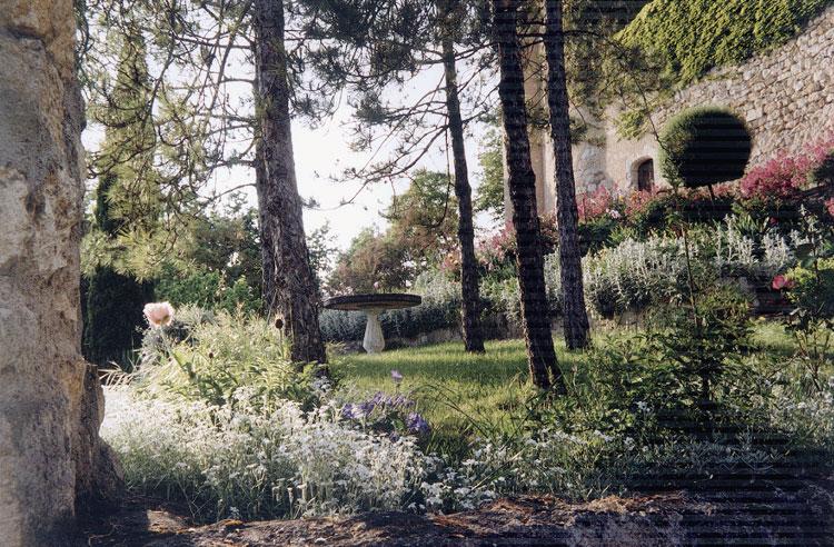 jardin-chateau-de-mauriac-3