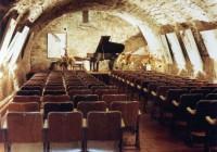 cave-concert-maison-peintre-bistes